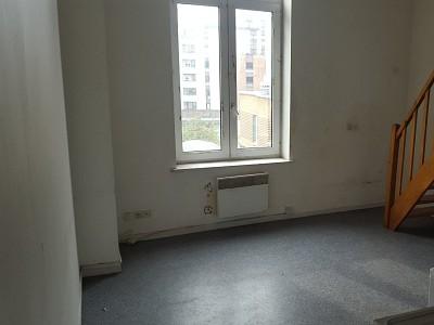 APPARTEMENT T1 A VENDRE - LILLE VAUBAN - 38 m2 - 108500 €
