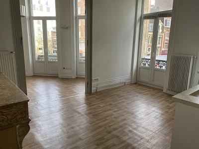APPARTEMENT T2 A LOUER - LILLE REPUBLIQUE - 48,25 m2 - 733 € charges comprises par mois