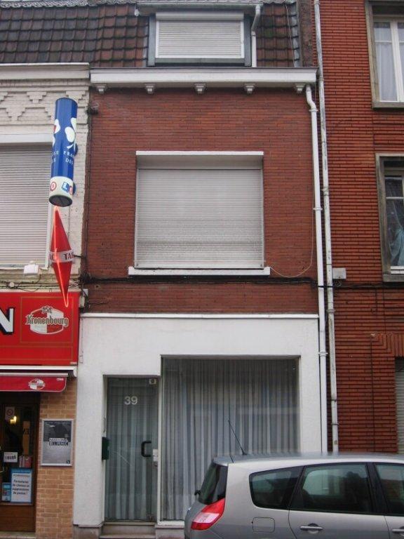 MAISON A LOUER - FACHES THUMESNIL - 90 m2 - 644 € charges comprises par mois