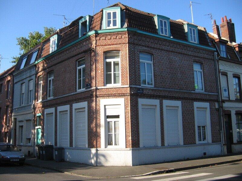 STUDIO A LOUER - LILLE FIVES - 19,5 m2 - 392 € charges comprises par mois