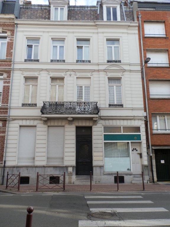 STUDIO A LOUER - LILLE VAUBAN - 21 m2 - 434,80 € charges comprises par mois