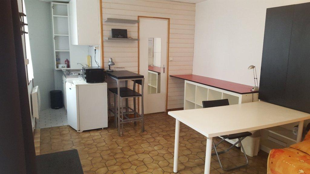STUDIO A VENDRE - LILLE VAUBAN - 24 m2 - 97000 €