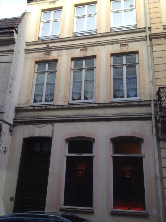 APPARTEMENT T2 A LOUER - LILLE GARES - 39 m2 - 593 € charges comprises par mois