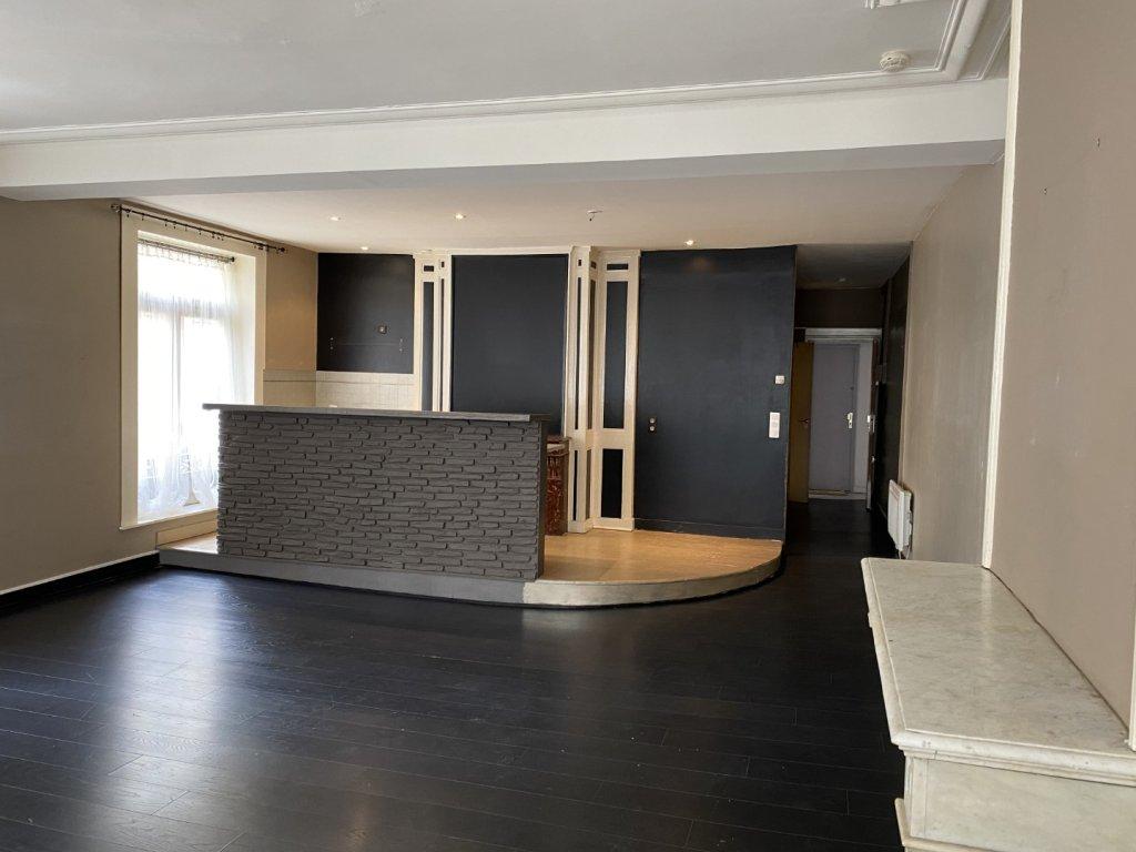 APPARTEMENT T2 A LOUER - VX LILLE - 61,16 m2 - 805 € charges comprises par mois