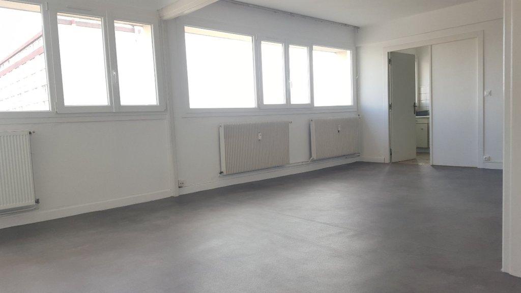 APPARTEMENT T4 A VENDRE - LILLE CENTRE - 98 m2 - 301000 €